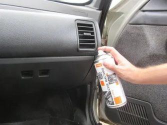 Скрипит пластик в салоне авто что делать?